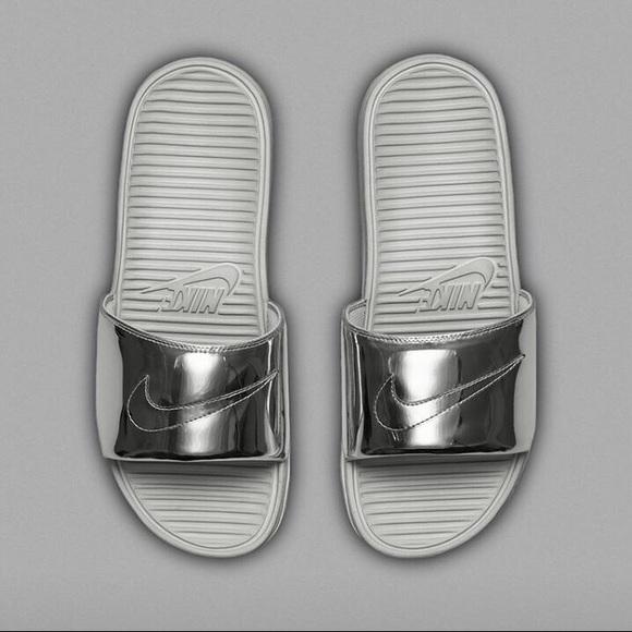 e54a3485dcbe Nike Benassi Silver Slides Size 5M 6.5Wmns. M 5b0d81ada44dbe997db84279